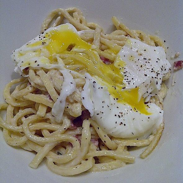 Carbonara @ Romano's Macaroni Grill