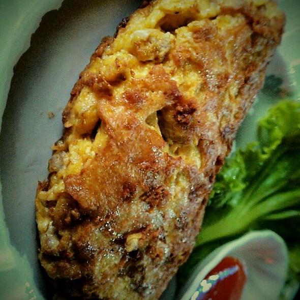 ไข่เจียวบุญมา (Boonmah Omelette) @ บุญมา จิ้มจุ่ม (Boonmah Jim-Joom)