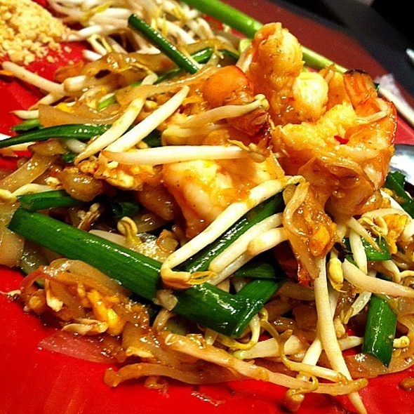 Phad Thai With Shrimp