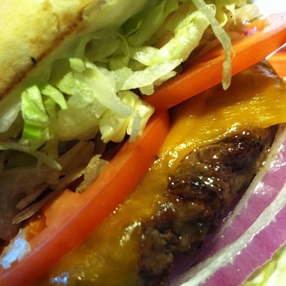 Red Robin Gourmet Cheeseburger @ Red Robin Gourmet Burgers