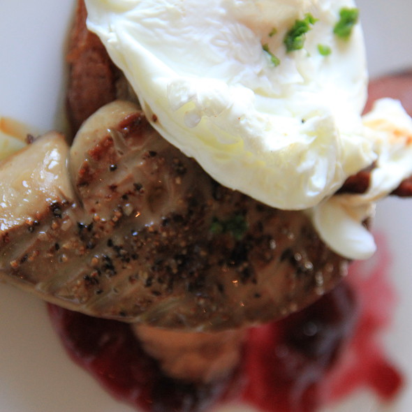 fois gras on french toast @ Beach Walk Café