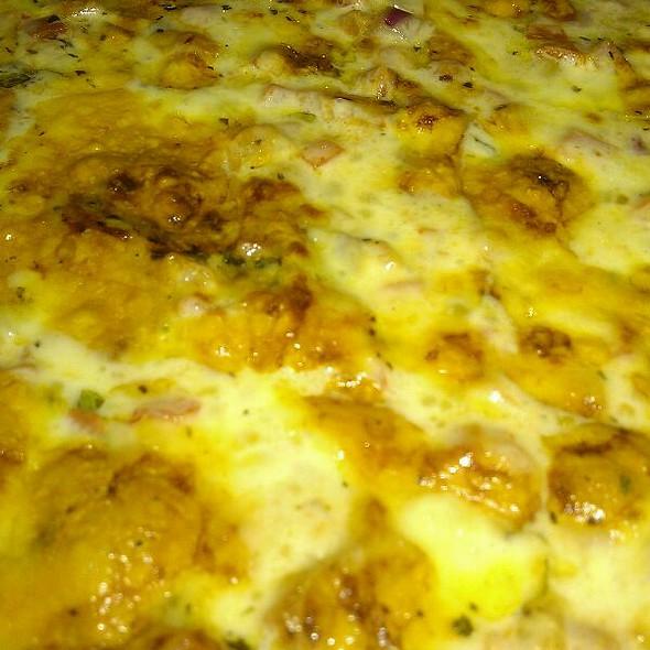 Pizza Margherita @ Tuscan Tavern