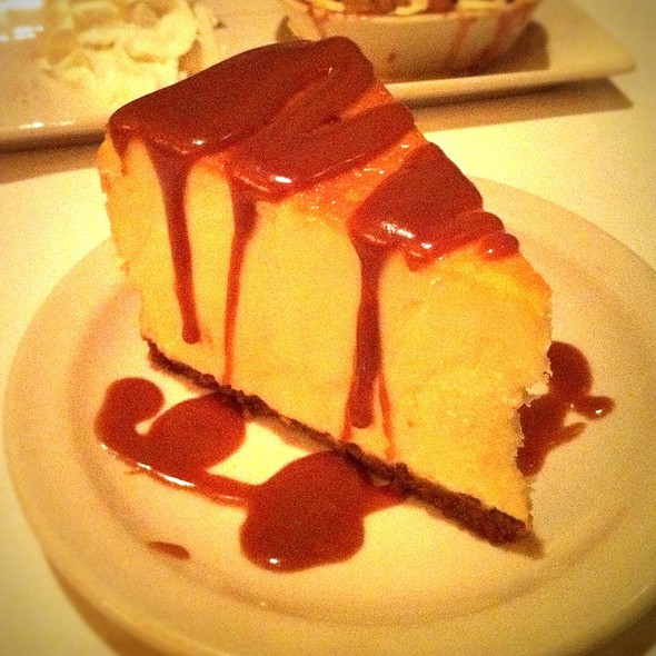 Cheesecake - Harry & Izzy's - Downtown, Indianapolis, IN