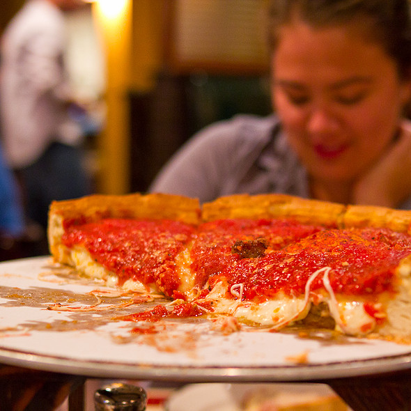 Chicago Deep Dish Pizza @ Giordano's