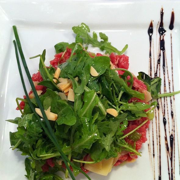 Beef Tartare @ restaurant au petit tonnelier