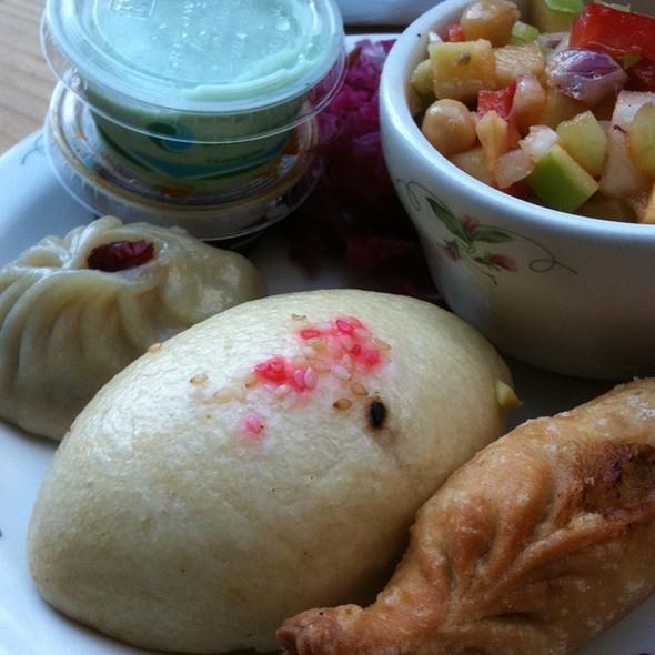 Azag Azog Tibetan Dumpling Combo