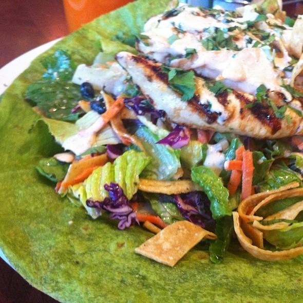 Cancun Salad @ Crepevine
