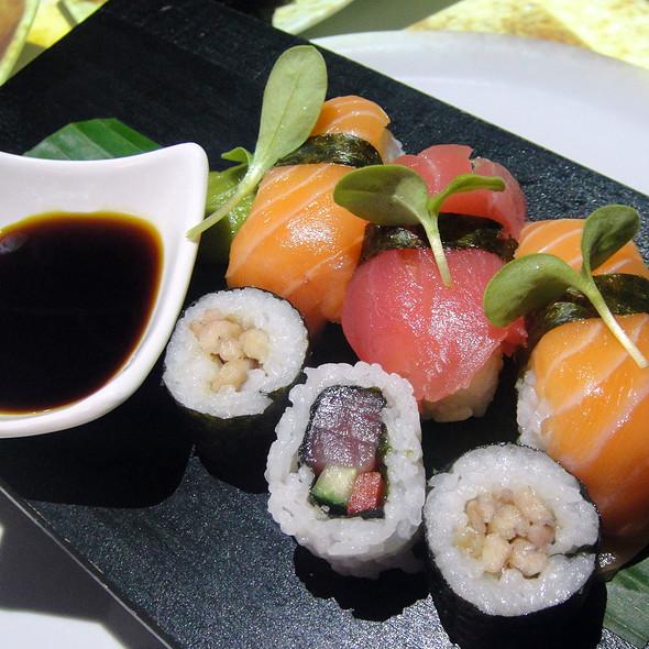 Sushi @ Izkaya Restaurant and Bar