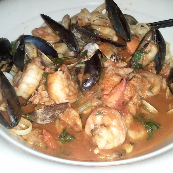 Maggiano's Little Italy Menu - Bellevue, WA - Foodspotting