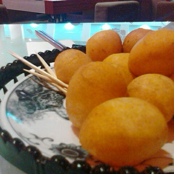 Sweet Potato Balls @ KiKi Taiwan Cuisine by Fong Lye Restaurant