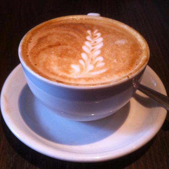 Cafe Latte @ Espresso A Mano