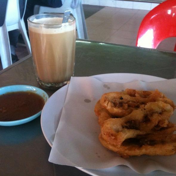 Goreng Pisang @ Jalan Tuaran, Likas, 88450 Kota Kinabalu, Sabah