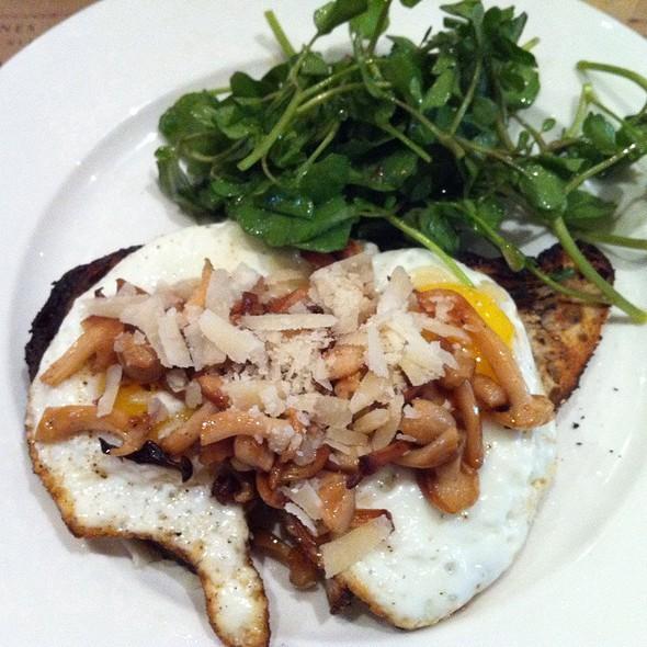 Mushroom Egg Toast @ Colonie