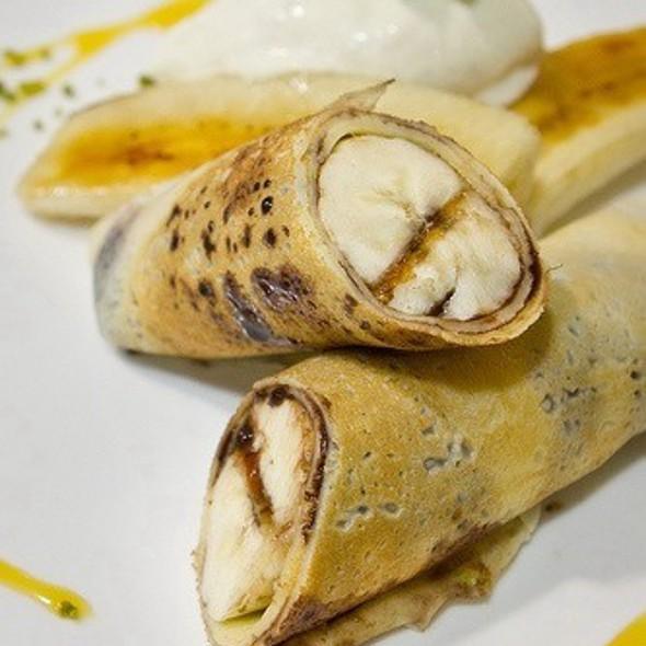 Banana & Chocolate Crepe @ Dazzling Cafe - Honey Toast 蜜糖土司專賣店