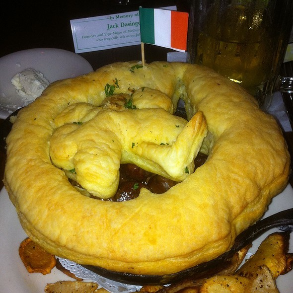 Steak and Mushroom Pie @ McGuire's Irish Pub & Brewery