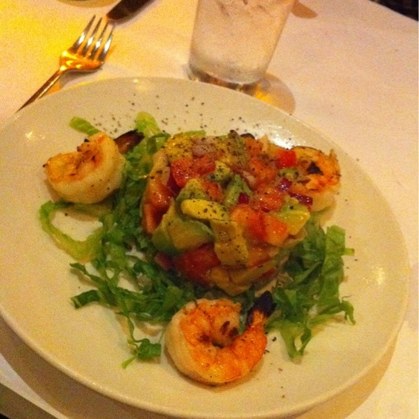 Grilled Shrimp and Avocado Salad @ Bistango