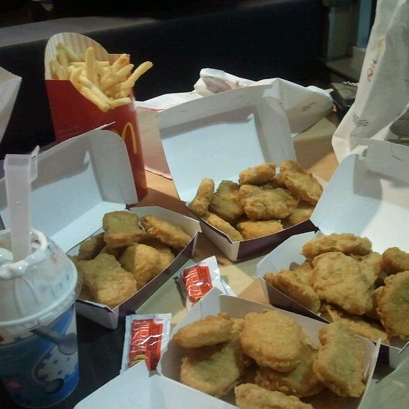 Chicken Nuggets & French Fries