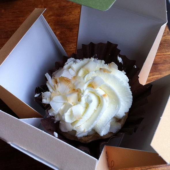 Triple Coconut Cream Pie @ Dahlia Bakery