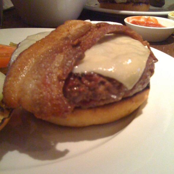 Hamburger @ Gotham Grill