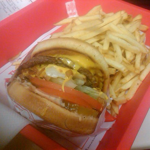In-N-Out Burger @ In-N-Out Burger