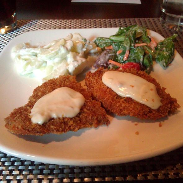 Chicken Fried Steak - Ibby's -  Washington University, St. Louis, MO