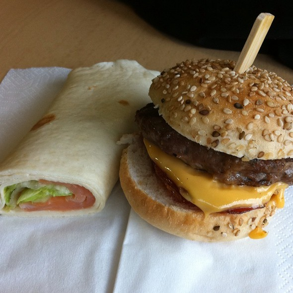 Bacon Cheese Burger @ Nyenrode Business Universiteit
