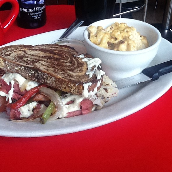 Radical Reuben @ Chicago Diner