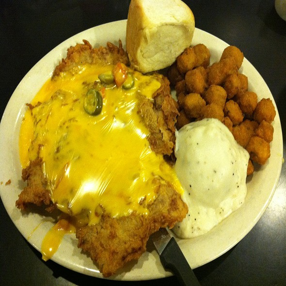 Sapd Queso Special (Chicken Fried Steak Smothered In Queso And Jalepenos)  @ Lulu's Bakery & Cafe