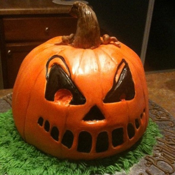 "Sculpted ""Pumpkin"" Pumpkin Cake With Cream Cheese Icing"