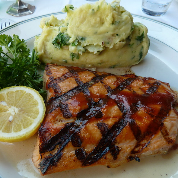 Cedar Plank Salmon - The Grill on Hollywood, Hollywood, CA