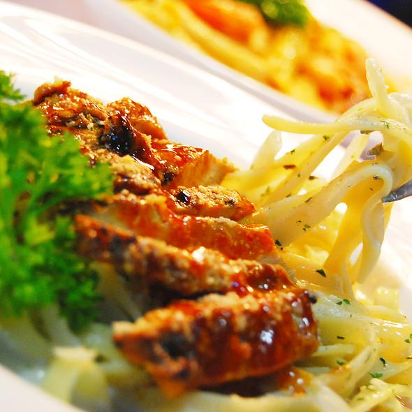 Fettucine COC ( creamy onion chicken ) @ XL Cafe community lounge