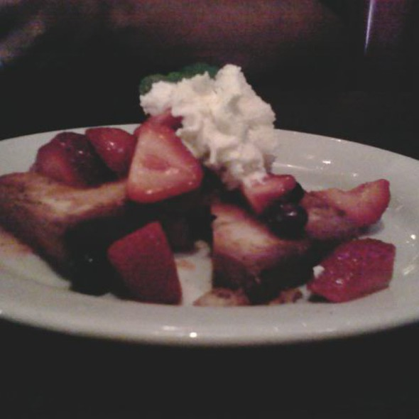 mascarpone cheese pound cake @ Mama Melrose