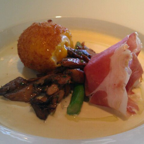 65 Degree Egg With Mushrooms And Ham  @ Betty's Kitchen