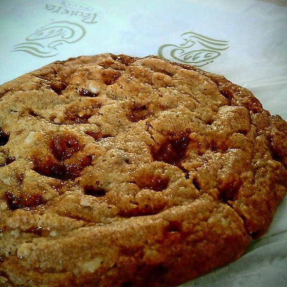 Toffee Nut Cookie