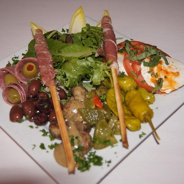 Antipasto - Pazzo's Cucina Italiana - 23 E Jackson Blvd, Chicago, IL
