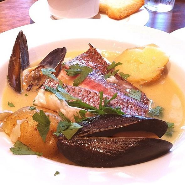白身魚のスープ仕立て @ ネロオッキ