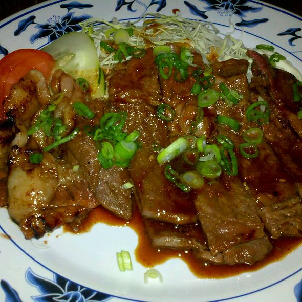 Steak Teriyaki @ Genji Japanese Restaurant & Karaoke Bar (Wilcrest)