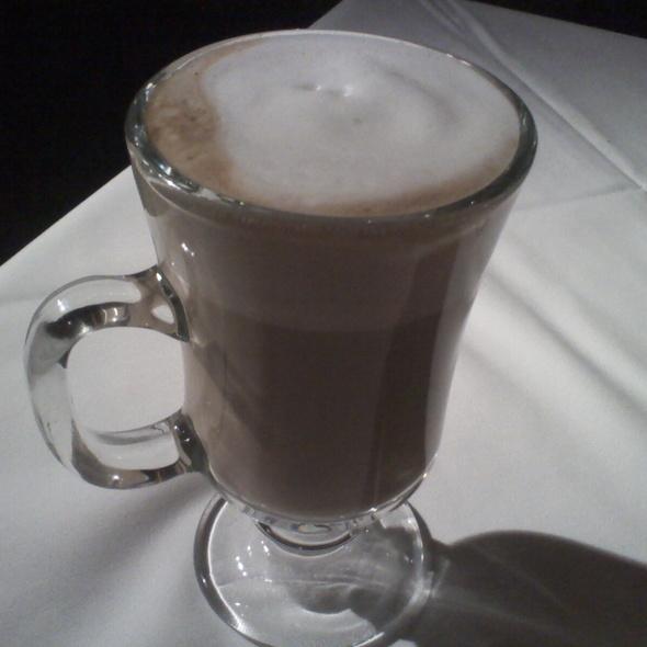 Latte @ Candelas On the Bay