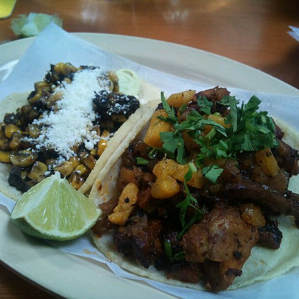 Al Pastor Taco and Grilled Pinapple And Houchcoa And Grilled Corn Taco @ Big Star
