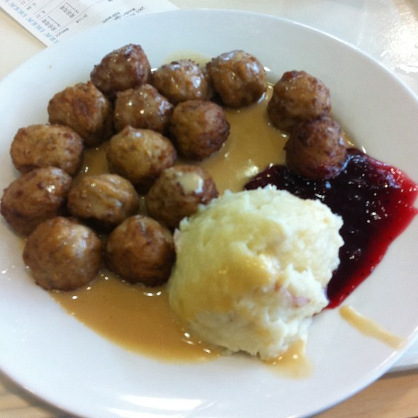 IKEA Swedish Meatballs @ IKEA Woodbridge, VA