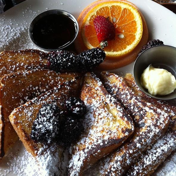 French Toast w/ Fresh Strawberries - BluWater Bistro - Leschi, Seattle, WA