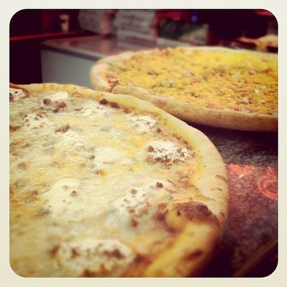 Lasagne Pizza @ Rosa's Pizza