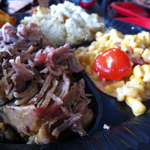 Bbq Pork Plate @ B&C BBQ