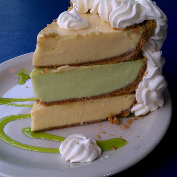 Key Lime Pie @ Flounder's Chowder House