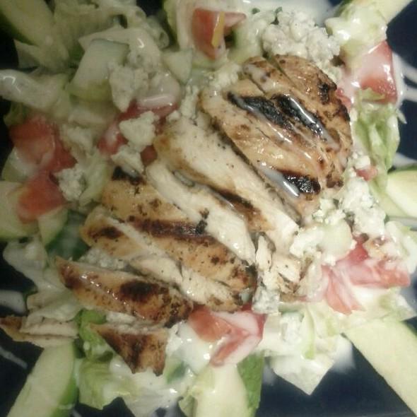 Grille Room Salad @ Patriot Hills Grille Room