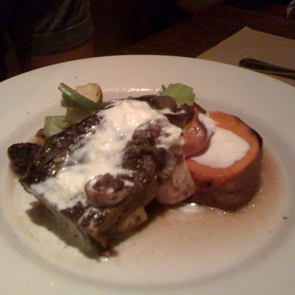 marin sun farms shortribs with sweet potatoes, leeks, brussels sprouts, and horseradish cream @ Bar Jules