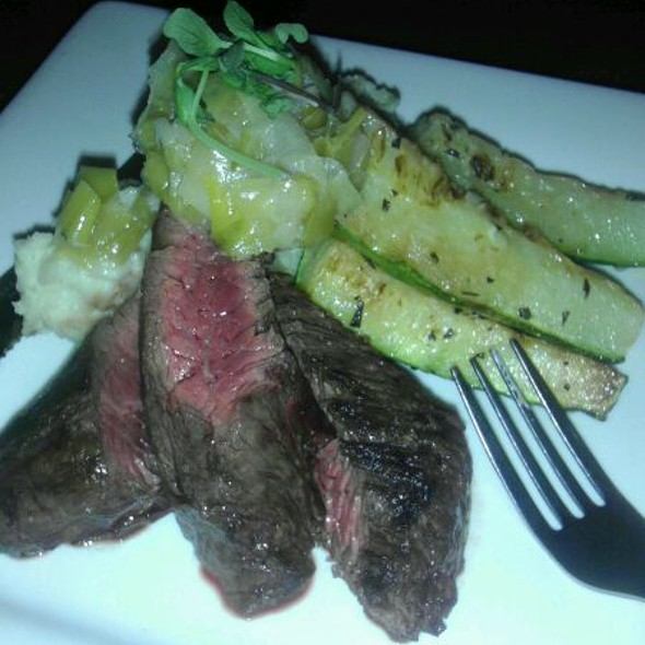 Hangar Steak @ The Refinery