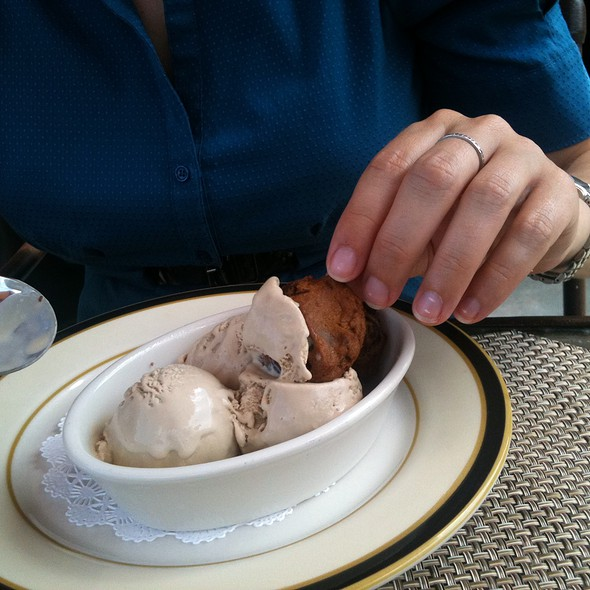 Coffee Ice Cream @ Hillary J. Boone Center at the University of Kentucky
