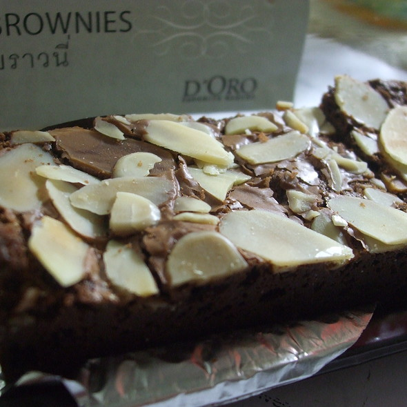 Brownies @ Caffé D'oro