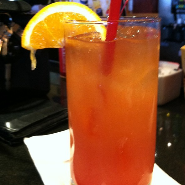 Screaming Red Zombie @ Red Robin Gourmet Burgers